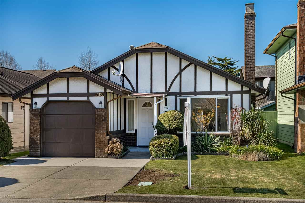 Main Photo: 4371 HERMITAGE DRIVE in : Steveston North House for sale : MLS®# R2440232