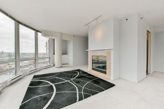 """Photo 9: 2002 1500 HORNBY Street in Vancouver: Yaletown Condo for sale in """"888 BEACH"""" (Vancouver West)  : MLS®# R2461920"""