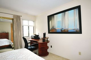 """Photo 10: 11 3350 ROSEMONT Drive in Vancouver: Champlain Heights Townhouse for sale in """"APENWOOD"""" (Vancouver East)  : MLS®# R2233904"""