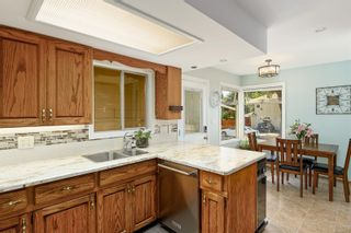 Photo 9: 1907 Stanley Ave in : Vi Fernwood House for sale (Victoria)  : MLS®# 886072