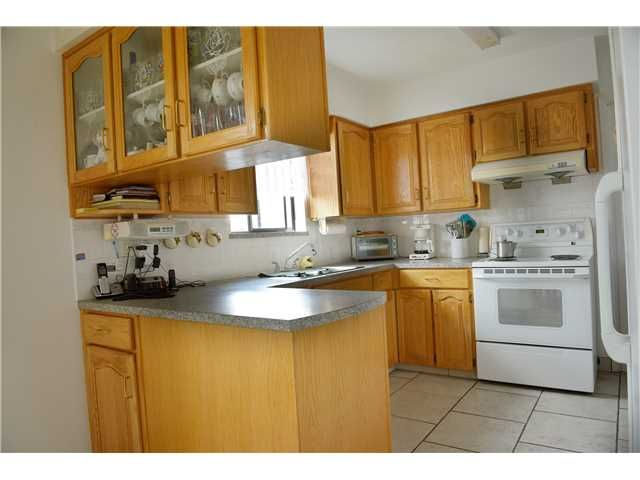 Photo 3: Photos: 2738 E 27TH Avenue in Vancouver: Renfrew Heights House for sale (Vancouver East)  : MLS®# V1133910