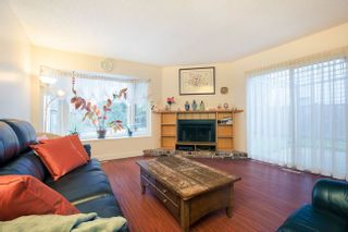 Photo 3: 6933 ARLINGTON STREET in Vancouver East: Home for sale : MLS®# R2344579