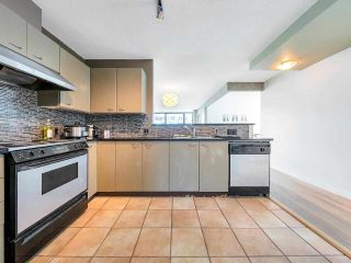 "Photo 10: 2701 1331 ALBERNI Street in Vancouver: West End VW Condo for sale in ""THE LIONS"" (Vancouver West)  : MLS®# R2576100"