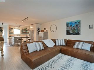 Photo 3: 2 1119 View St in VICTORIA: Vi Downtown Row/Townhouse for sale (Victoria)  : MLS®# 773188