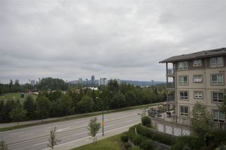 """Photo 13: 413 3156 DAYANEE SPRINGS Boulevard in Coquitlam: Westwood Plateau Condo for sale in """"TAMARACK BY POLYGON"""" : MLS®# R2091933"""