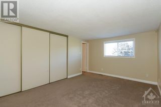 Photo 13: 23 SOVEREIGN AVENUE in Ottawa: House for sale : MLS®# 1261869