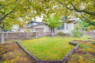 Photo 5: 6102 131A Street in Surrey: Panorama Ridge House for sale : MLS®# R2577859