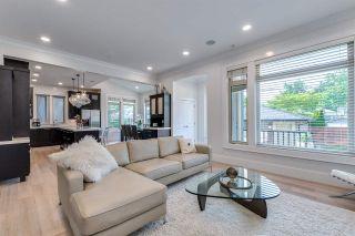 "Photo 11: 2335 W 14 Avenue in Vancouver: Kitsilano House for sale in ""Kitsilano"" (Vancouver West)  : MLS®# R2467981"