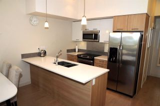 Photo 2: 406 2214 KELLY Avenue in Port Coquitlam: Central Pt Coquitlam Condo for sale : MLS®# R2180881