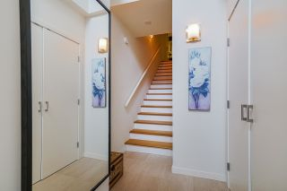 "Photo 4: TH28 6093 IONA Drive in Vancouver: University VW Townhouse for sale in ""Coast"" (Vancouver West)  : MLS®# R2573358"