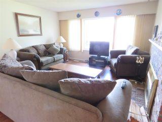 Photo 2: 5532 46 Avenue in Delta: Delta Manor House for sale (Ladner)  : MLS®# R2186671