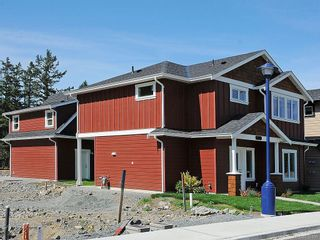Photo 15: 3392 Merlin Rd in Langford: La Luxton House for sale : MLS®# 616100