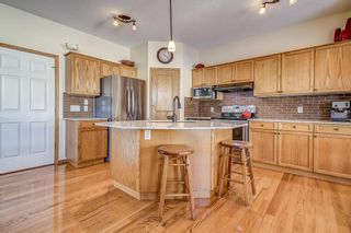 Photo 2: 64 Somercrest Grove SW in Calgary: Somerset Detached for sale : MLS®# A1084343