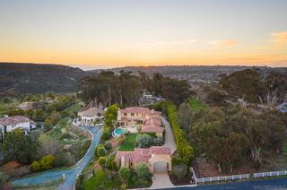 Photo 2: SAN DIEGO House for sale : 8 bedrooms : 5171 Del Mar Mesa Rd
