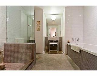 """Photo 2: 104 388 W 1ST Avenue in Vancouver: False Creek Condo for sale in """"THE EXCHANGE"""" (Vancouver West)  : MLS®# V979976"""