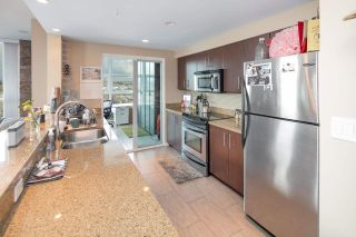"""Photo 6: 902 189 NATIONAL Avenue in Vancouver: Mount Pleasant VE Condo for sale in """"SUSSEX BY Bosa"""" (Vancouver East)  : MLS®# R2141629"""