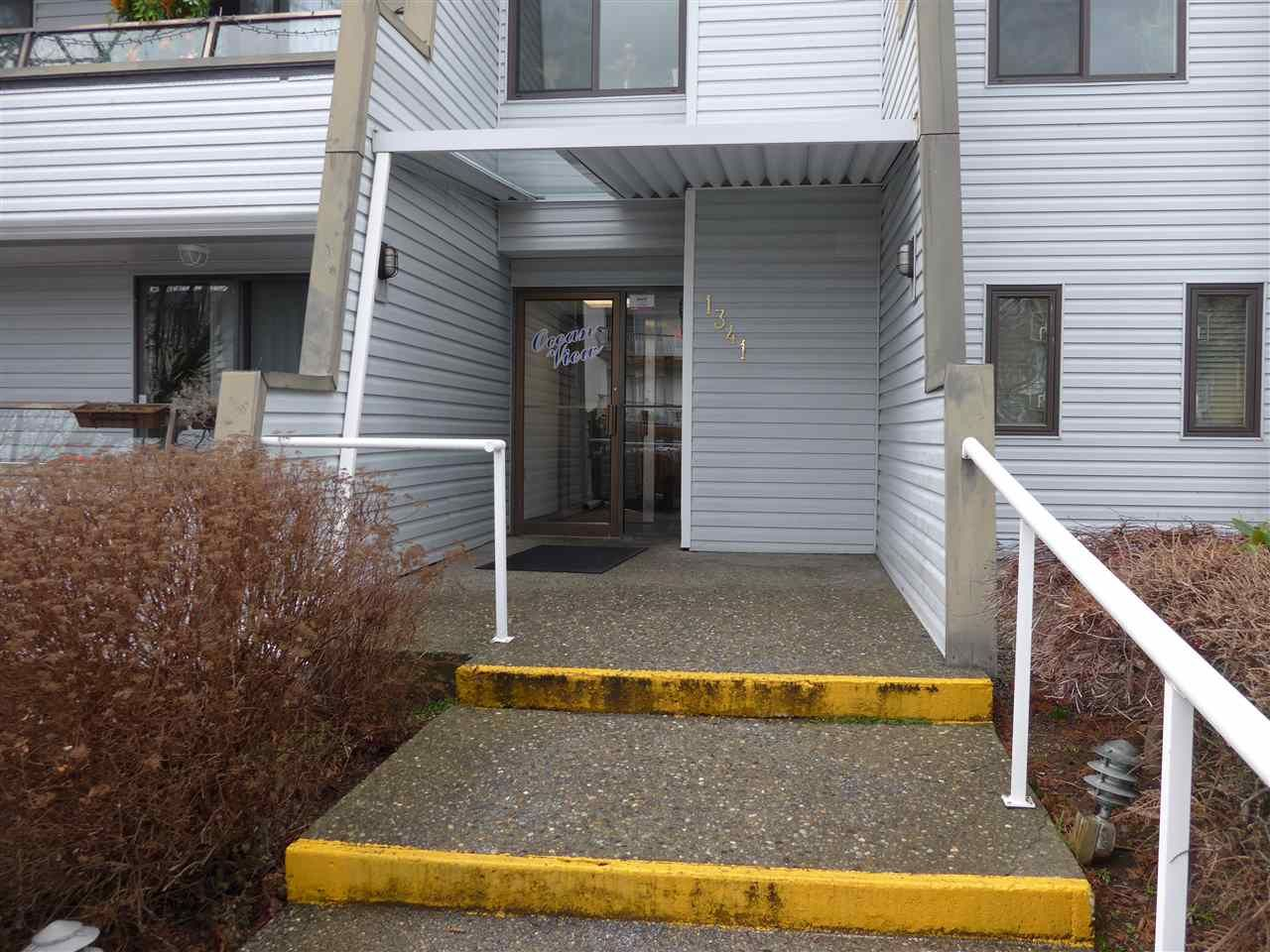 """Main Photo: 302 1341 GEORGE Street: White Rock Condo for sale in """"Ocean  View"""" (South Surrey White Rock)  : MLS®# R2429282"""