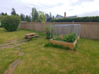 Photo 5: 6778 CENTRAL SAANICH RD (Off) Rd in Victoria: House for sale (Central Saanich)