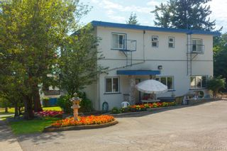 Photo 2: 612 Fernhill Rd in VICTORIA: Es Rockheights Multi Family for sale (Esquimalt)  : MLS®# 822975