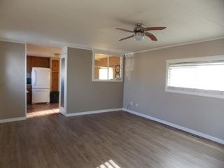 Photo 5: #2 5800 46 Street: Olds Mobile for sale : MLS®# A1086402