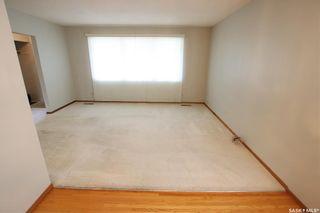 Photo 4: 825 East Centre in Saskatoon: Eastview SA Residential for sale : MLS®# SK870777