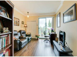 """Photo 15: 404 1785 MARTIN Drive in Surrey: Sunnyside Park Surrey Condo for sale in """"SOUTHWYND"""" (South Surrey White Rock)  : MLS®# F1412611"""
