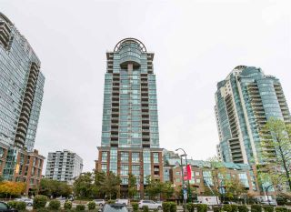 "Photo 4: 302 1128 QUEBEC Street in Vancouver: Mount Pleasant VE Condo for sale in ""THE NATIONAL"" (Vancouver East)  : MLS®# R2118433"