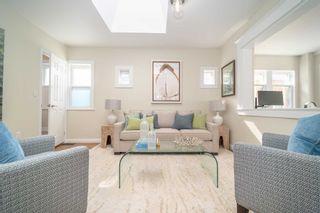 Photo 4: 41 Mcdonald Avenue in Toronto: Oakridge House (Bungaloft) for sale (Toronto E06)  : MLS®# E4932098