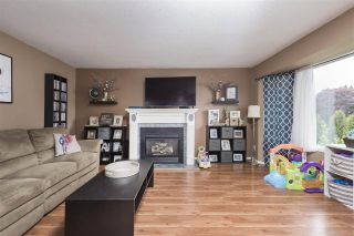 Photo 2: 45442 MEADOWBROOK Drive in Chilliwack: Chilliwack W Young-Well House for sale : MLS®# R2573841