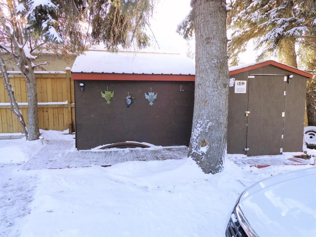 Photo 29: Photos: 5856 West Park Crescent in Red Deer: West Park Residential for sale : MLS®# A1067266