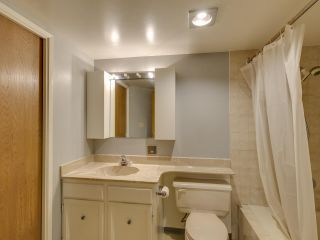 """Photo 11: 111 2320 W 40TH Avenue in Vancouver: Kerrisdale Condo for sale in """"Manor Gardens"""" (Vancouver West)  : MLS®# R2546363"""