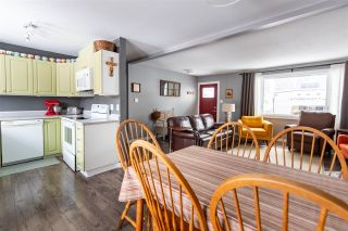 """Photo 8: 132 AITKEN Crescent in Prince George: Perry House for sale in """"Perry"""" (PG City West (Zone 71))  : MLS®# R2531977"""