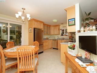 Photo 7: 5 2607 Selwyn Rd in VICTORIA: La Mill Hill Manufactured Home for sale (Langford)  : MLS®# 808248