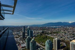 """Photo 30: 4703 4485 SKYLINE Drive in Burnaby: Brentwood Park Condo for sale in """"ALTUS - SOLO DISTRICT"""" (Burnaby North)  : MLS®# R2559586"""