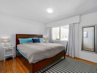 Photo 9: 2542 E 28TH AVENUE in Vancouver: Collingwood VE House for sale (Vancouver East)  : MLS®# R2052154