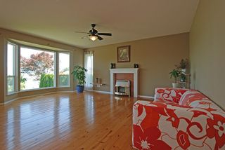 Photo 3: 46443 FERGUSON Place in Sardis: Promontory House for sale : MLS®# R2179754