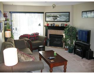 "Photo 1: 308 3680 RAE Avenue in Vancouver: Collingwood VE Condo for sale in ""RAE COURT"" (Vancouver East)  : MLS®# V799747"