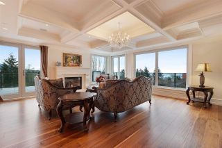 Photo 2: 941 EYREMOUNT DRIVE in West Vancouver: House for sale : MLS®# R2526810