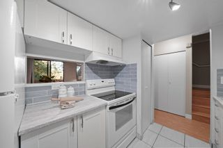 """Photo 10: 864 BLACKSTOCK Road in Port Moody: North Shore Pt Moody Townhouse for sale in """"Woodside Village"""" : MLS®# R2617729"""