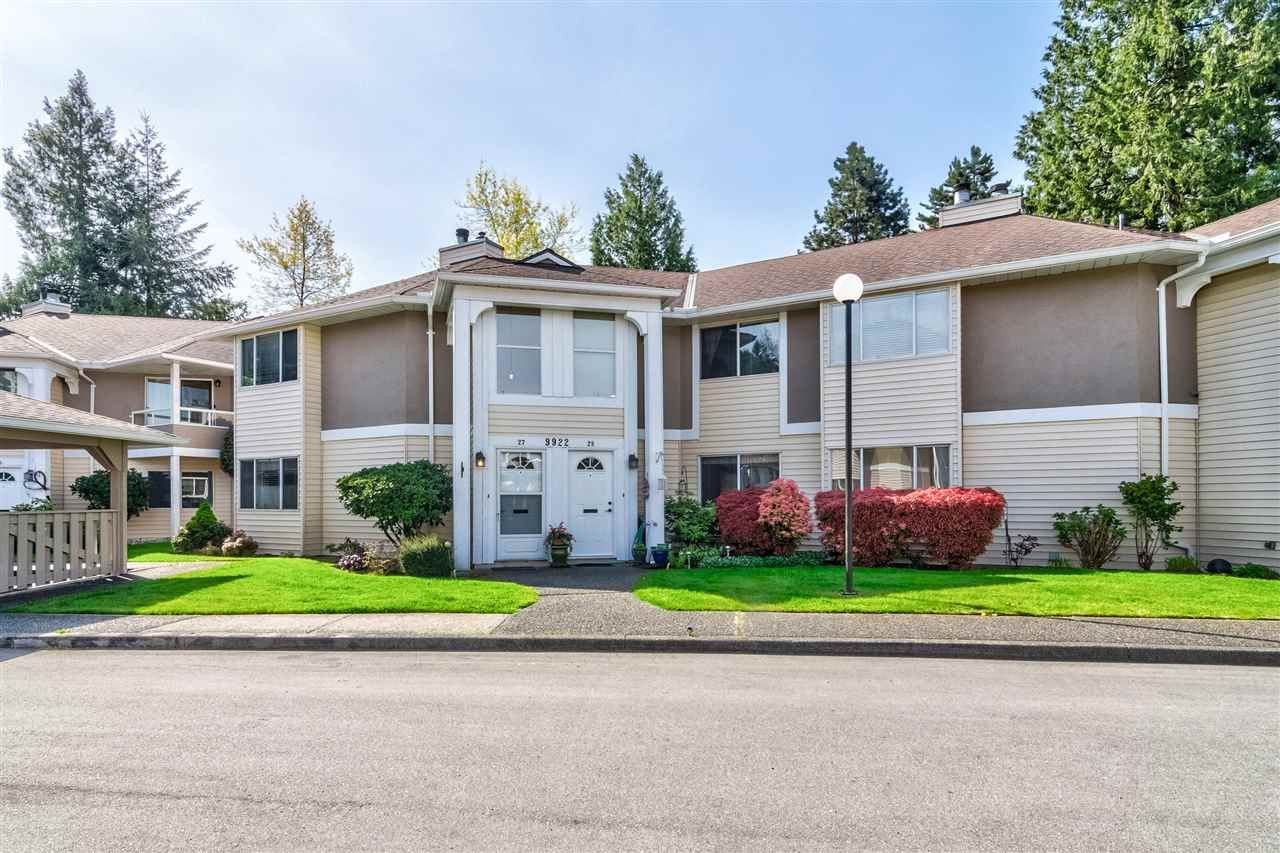 """Main Photo: 27 9922 148 Street in Surrey: Guildford Townhouse for sale in """"HIGH POINT COURT"""" (North Surrey)  : MLS®# R2369281"""