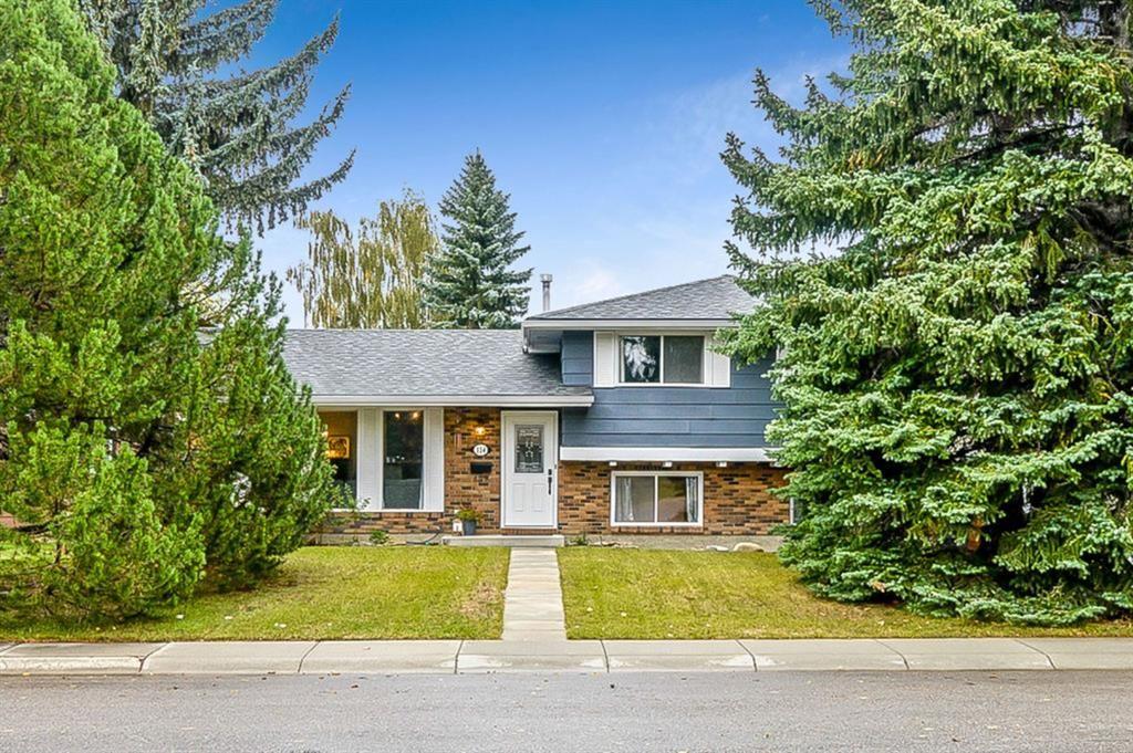 Main Photo: 324 Parkland Way SE in Calgary: Parkland Detached for sale : MLS®# A1146379
