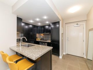"""Photo 11: 901 1133 HOMER Street in Vancouver: Yaletown Condo for sale in """"H&H"""" (Vancouver West)  : MLS®# R2470205"""