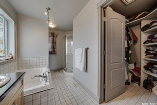 Photo 32: 218 Brookshire Crescent in Saskatoon: Briarwood Residential for sale : MLS®# SK856879