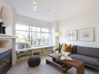 """Photo 4: 309 2388 TRIUMPH Street in Vancouver: Hastings Condo for sale in """"Royal Alexandra"""" (Vancouver East)  : MLS®# R2537216"""