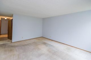 Photo 3: 110 Syracuse Crescent in Winnipeg: Waverley Heights Residential for sale (1L)  : MLS®# 202124302