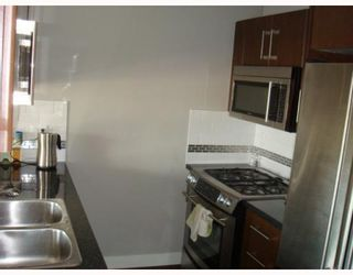 """Photo 5: 702 587 W 7TH Avenue in Vancouver: Fairview VW Condo for sale in """"AFFINITI"""" (Vancouver West)  : MLS®# V772091"""