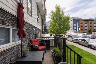 """Photo 30: 5 1261 MAIN Street in Squamish: Downtown SQ Townhouse for sale in """"SKYE"""" : MLS®# R2473764"""