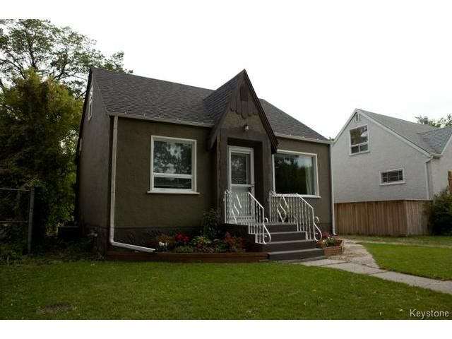 Main Photo: 524 St Catherine Street in WINNIPEG: St Boniface Residential for sale (South East Winnipeg)  : MLS®# 1423542