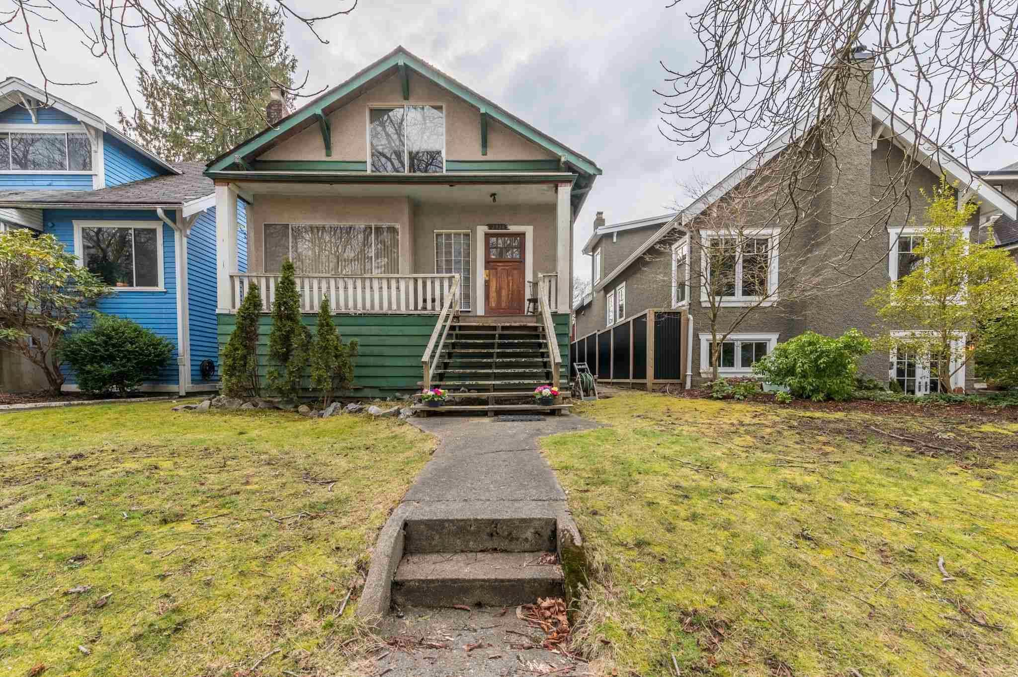 Main Photo: 2936 W 12TH Avenue in Vancouver: Kitsilano House for sale (Vancouver West)  : MLS®# R2596820