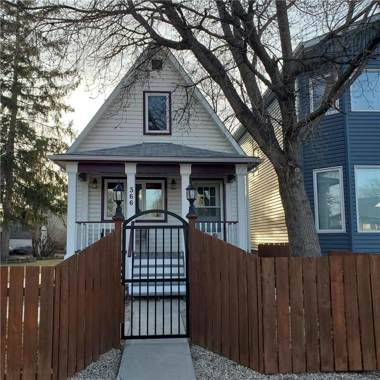 Main Photo: 366 Queen Street in Winnipeg: St James Residential for sale (5E)  : MLS®# 202107883